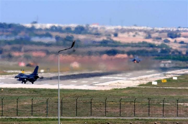 7.000 Χωροφύλακες του Ερντογαν περικύκλωσαν βάση των ΗΠΑ με πυρηνικά στο Ινσιρλικ! Το γράψαμε πρώτοι!