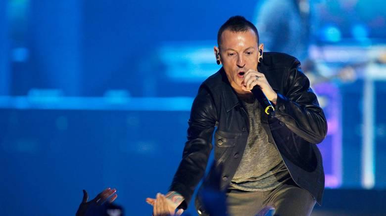 Αυτοκτόνησε ο τραγουδιστής των Linkin Park