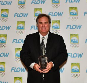 Mr. Brian Allan accepted on behalf of his son Che Allan – Recognition of Outstanding Junior Athlete in the sport of Surfing.