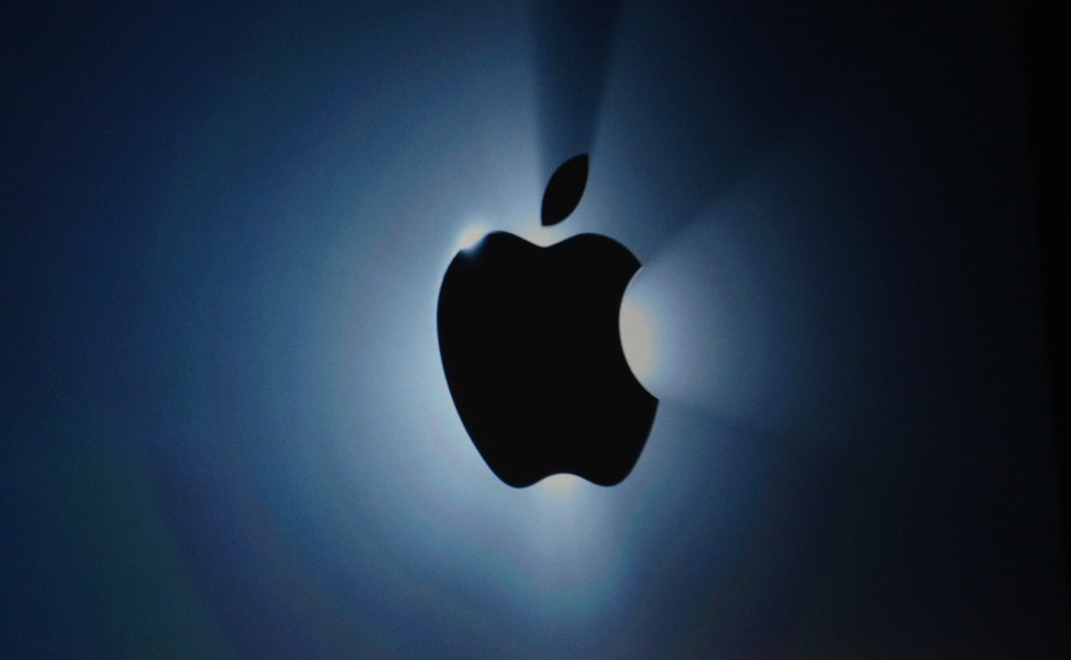 Gruber & I disagree about a few issues about Apple