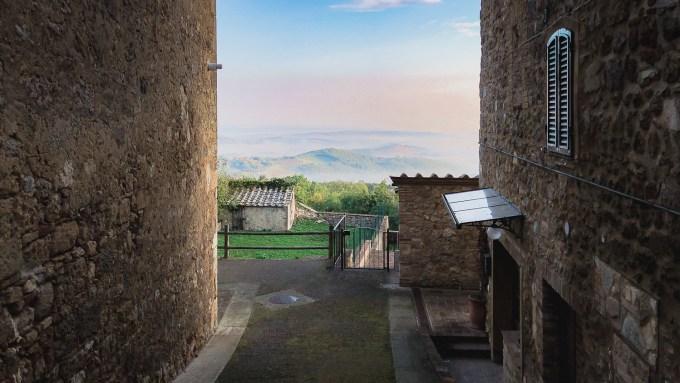 tuscany-iphone-2