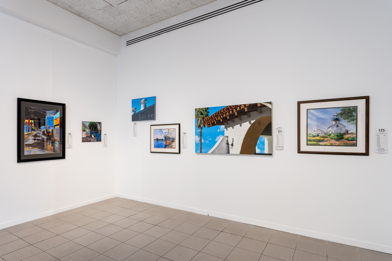 Art Auction room 1