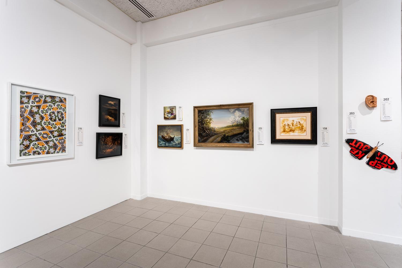 Art Auction room 2