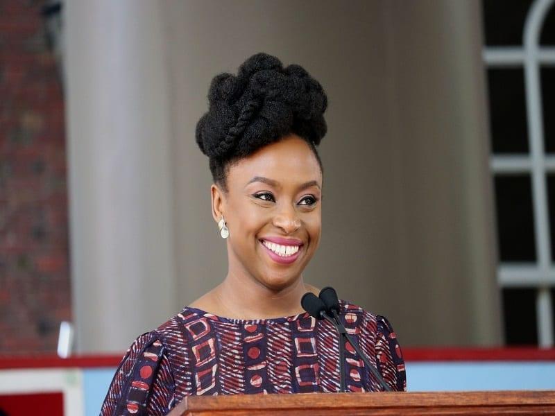 Chimamanda Ngozi Adichie : une plume humaniste