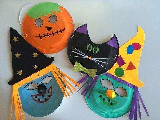 Halloween : création de masques.