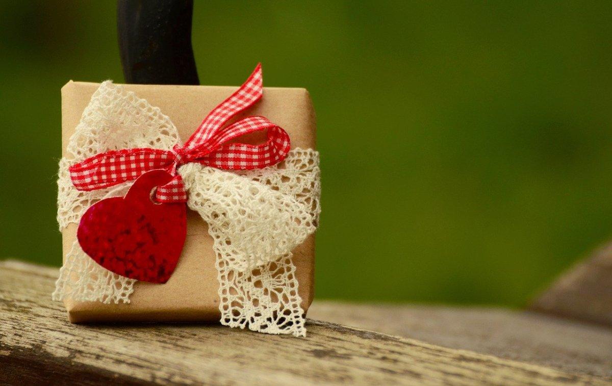 Surprendre vos proches en personnalisant vos cadeaux