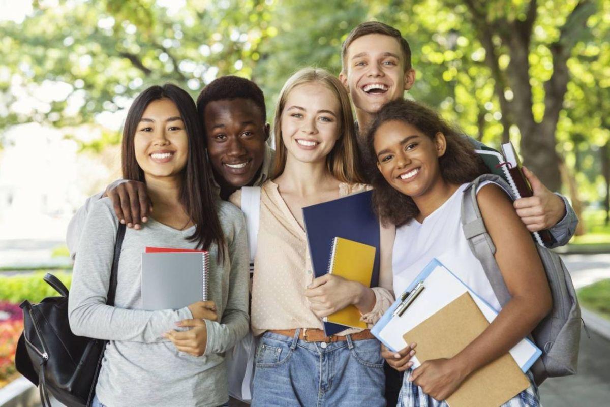 Quelle assurance étudiant privilégier pour les voyages ?