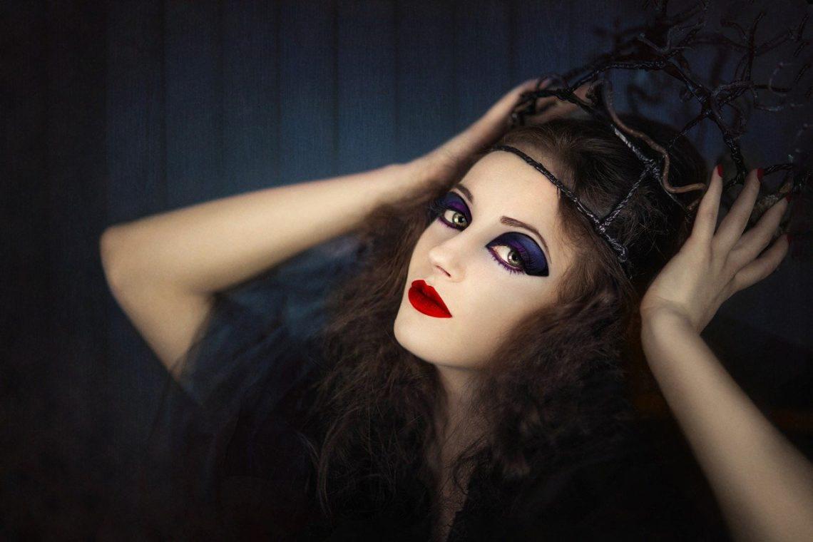 3 tutos maquillage d'influenceuses pour Halloween