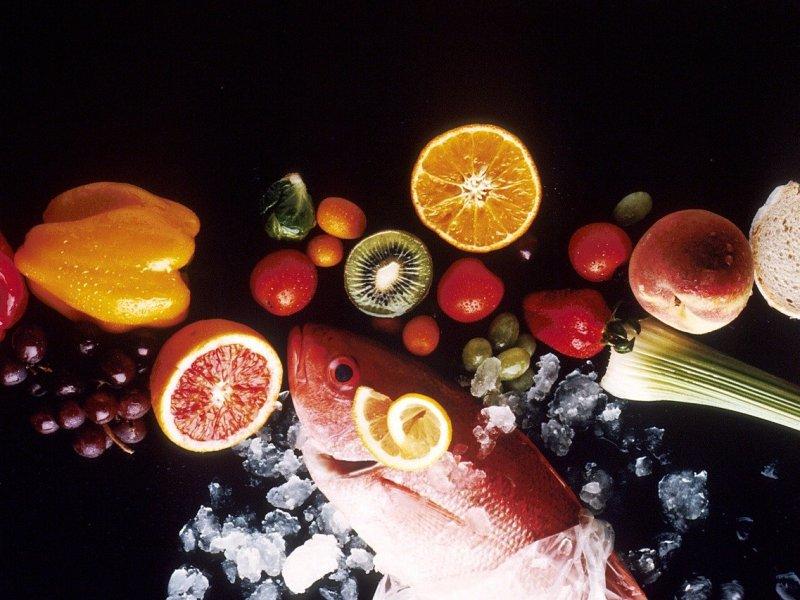 régime anti-froid - du poisson, des légumes et des fruits