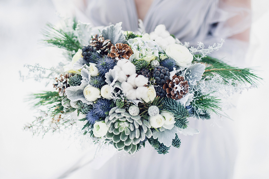 Winter Wedding Bouquets For Inspiration