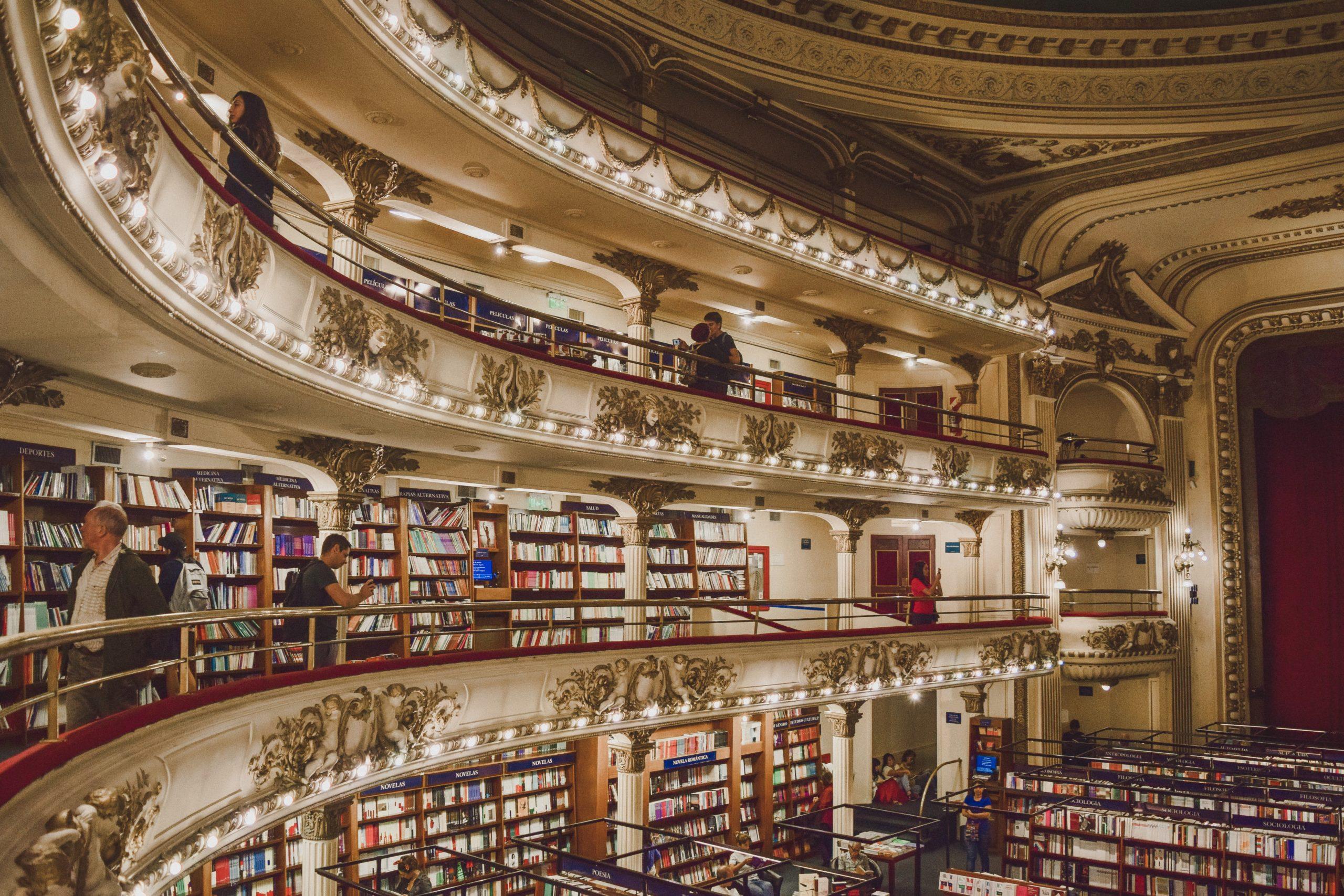 Interior da livraria El Ateneo
