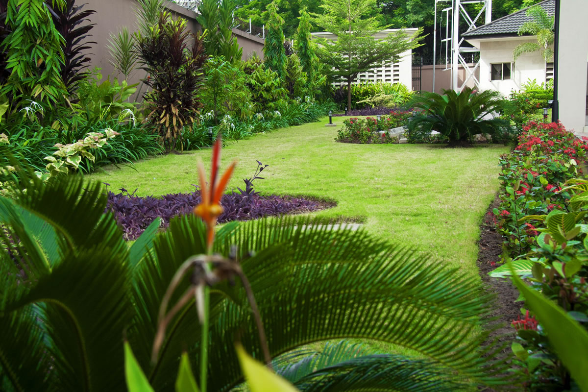 Beautiful Homes And Gardens Ideas
