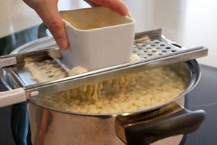 Spaetzle Teig - Zubereitung Nocken
