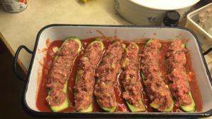Tomatensauce mit Zucchini