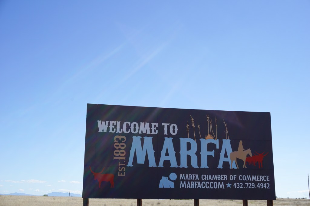 Omayra Escobar_Marfa Sign