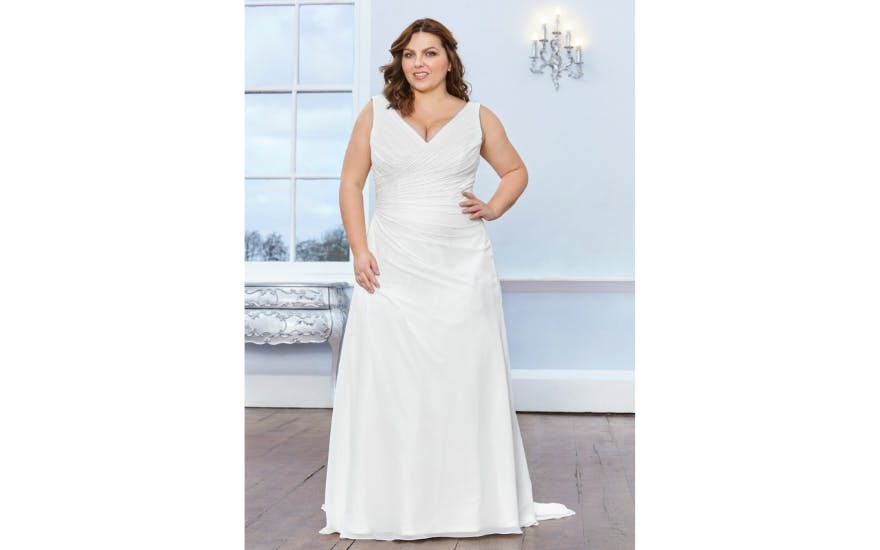 Simple Wedding Dress for Plus Size Brides by Rosa Couture
