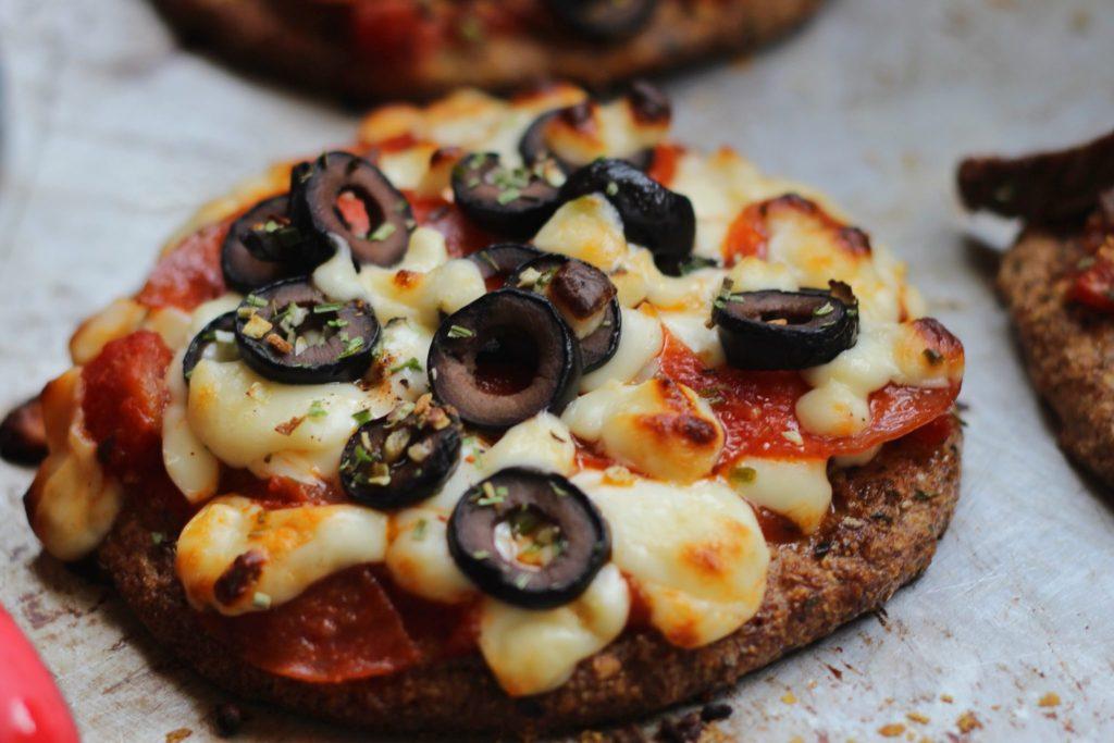 Keto paleo traditional pizza