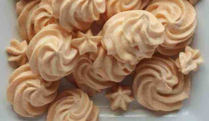 Low Carb Almond Cloud Meringue Cookies. These cookies are light and dreamy with a hint of almond and of course sugar free!