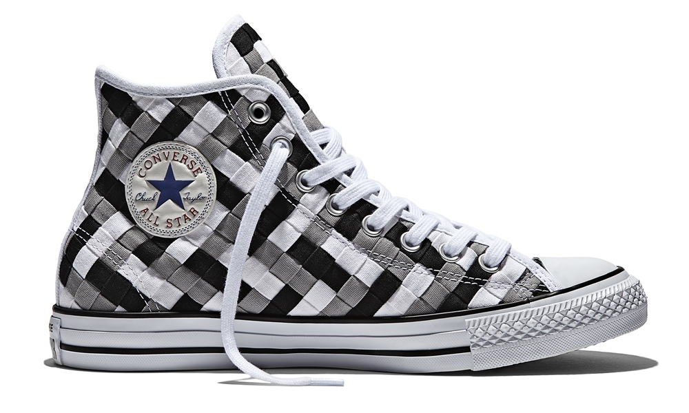 Name CHUCK TAYLOR ALL STAR WOVEN HI Color DOLPHIN BLACK WHITE Price 4390