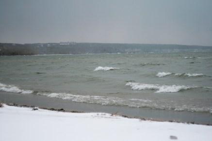 Холодное море...