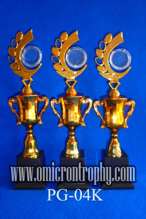 Grosir Trophy Plastik Jakarta Bandung