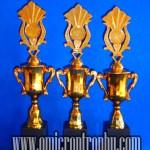 Grosir Trophy Plastik Semarang Surabaya
