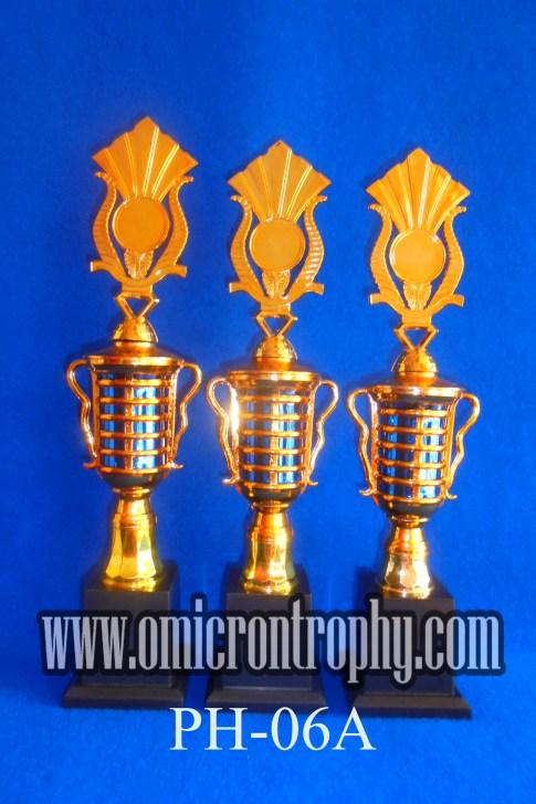 Jual Piala Perlombaan