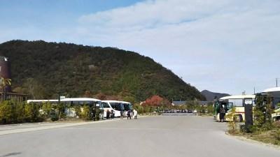 ラコリーナ近江八幡_バス駐車場