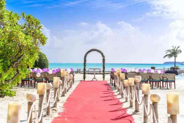 poroka na plaži