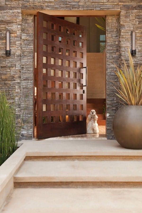 lesena masivna moderna vhodna vrata cena 16