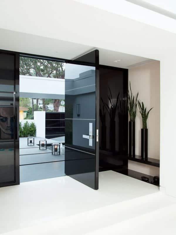 svetleča steklena masivna moderna vhodna vrata cena 17