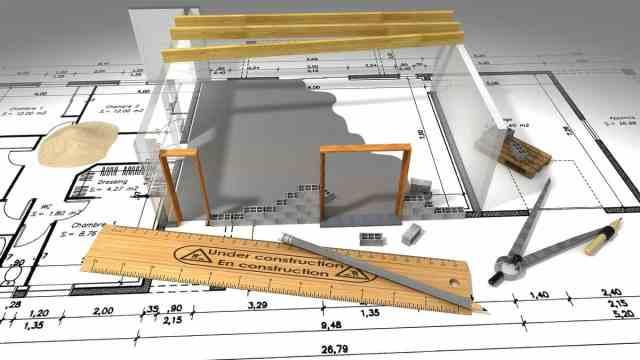 Gradnja hiše se začne z načrtovanjem arhitekta.