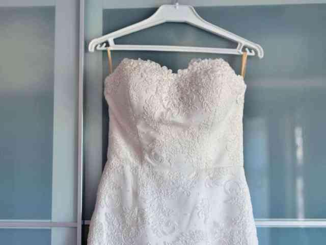 nakup-poročne-obleke-v-poročni-trgovini