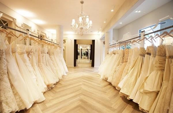 poročni-kotiček-salon-poročna-trgovina