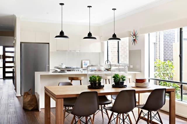 obnova-kuhinje-mizar-lesena-miza