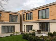 Delna lesena fasada je lep modni dodatek.