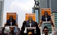 Aktivis Center for Orangutan Protection unjukrasa minta Pasar Burung Pramuka dan Jatinegara ditutup (3)