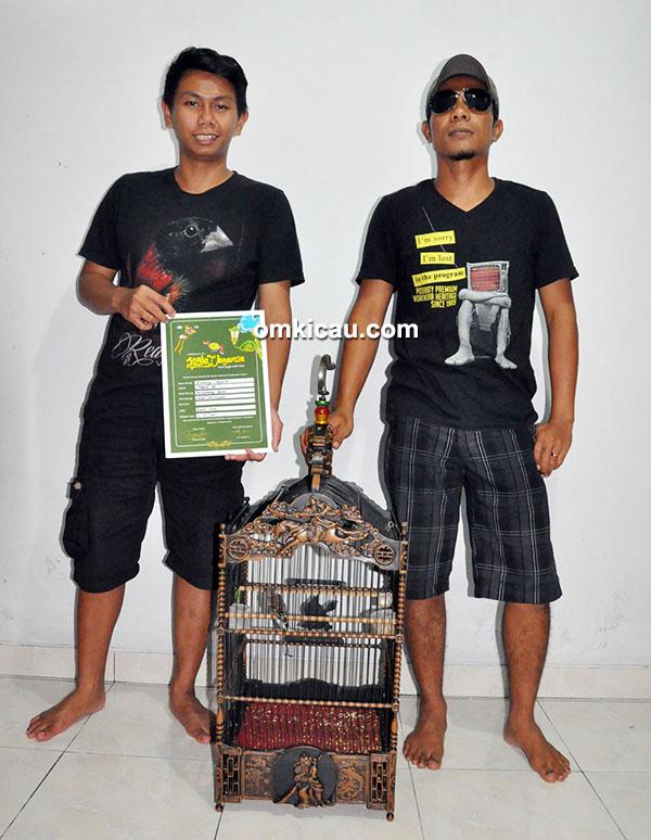Elya Kurniawan dan Om Bodhonx