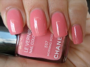 Chanel Le Vernis 577 Mimosa And 557 Morning Rose Swatches Amp Review Ommorphia Beauty Bar