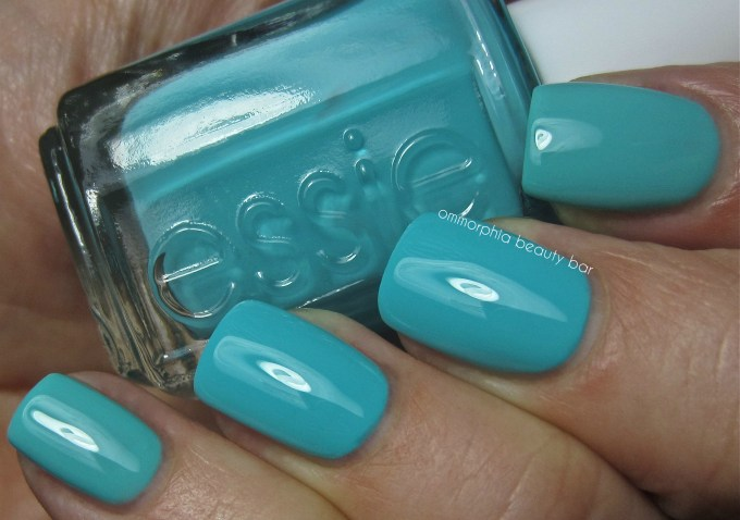 Essie In The Cab-Ana vs Where's My Chauffeur swatch