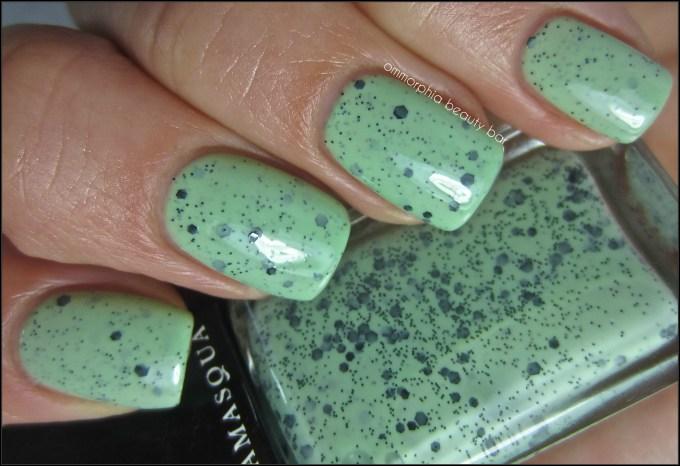 Illamasqua Mottle swatch 2