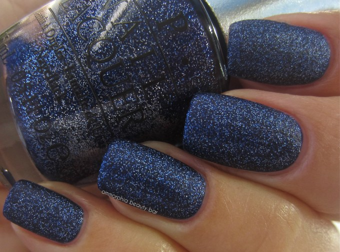 OPI DS Lapis swatch 3