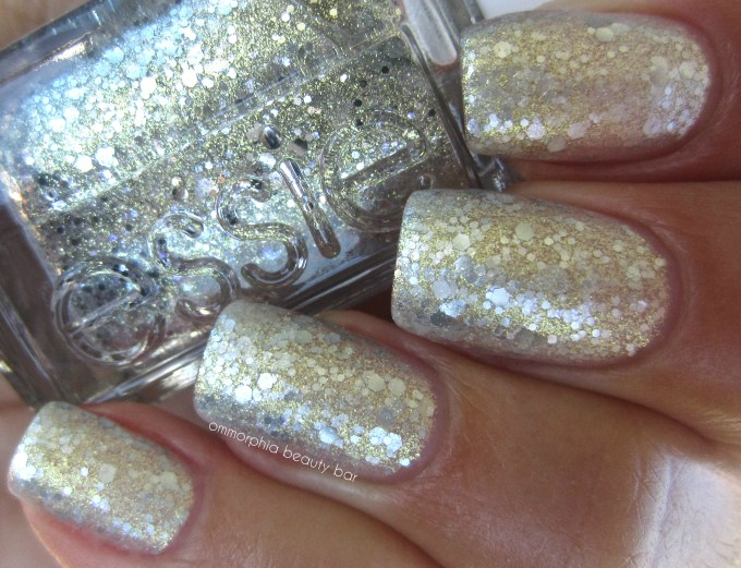 Essie Hors d'Oeuvres swatch 4