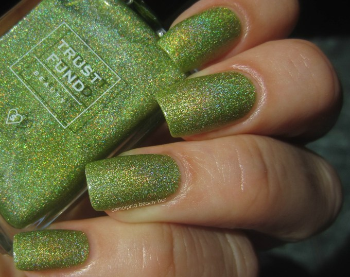 Trust Fund Beauty Filth & Glamour swatch