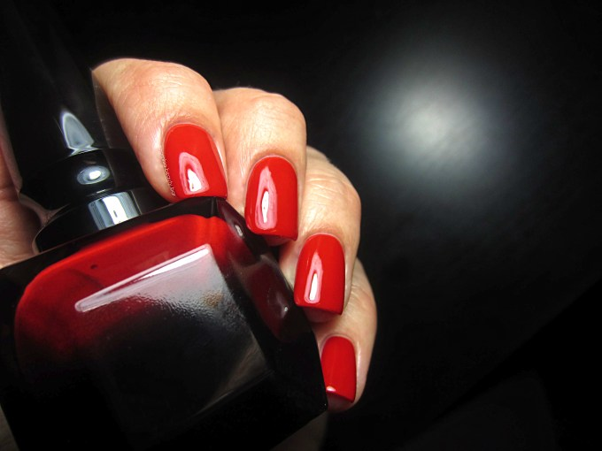 Rouge Louboutin swatch 2