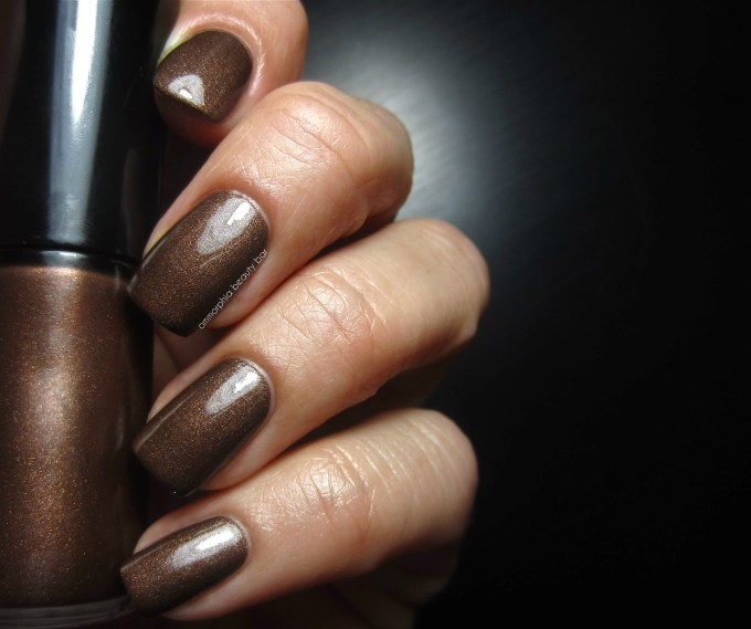 GA #214 Woodstone swatch with top coat