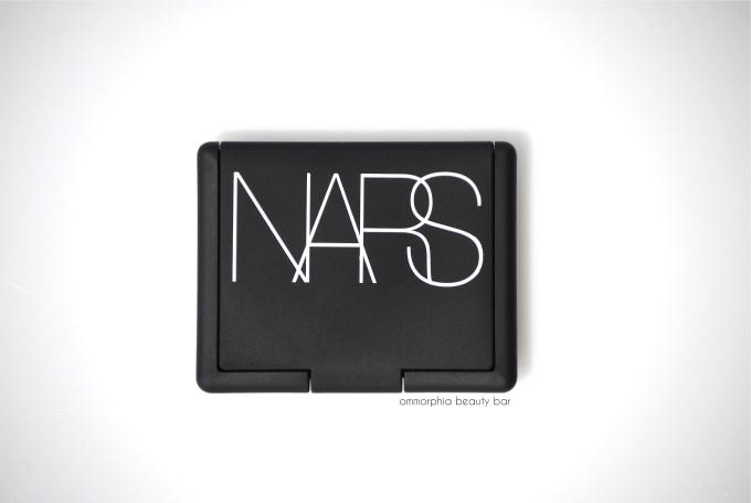 NARS Unlawful Blush closed