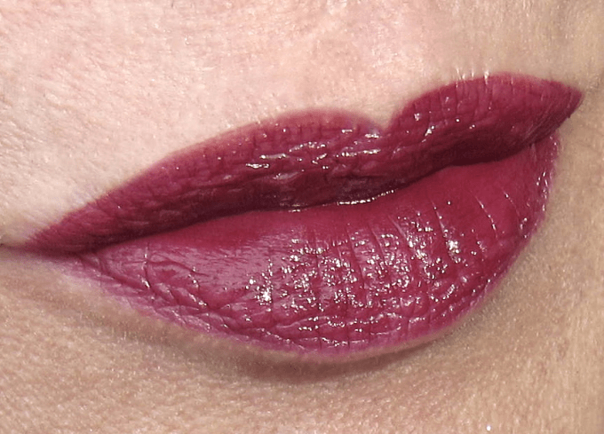 Burberry Kisses Oxblood swatch 1