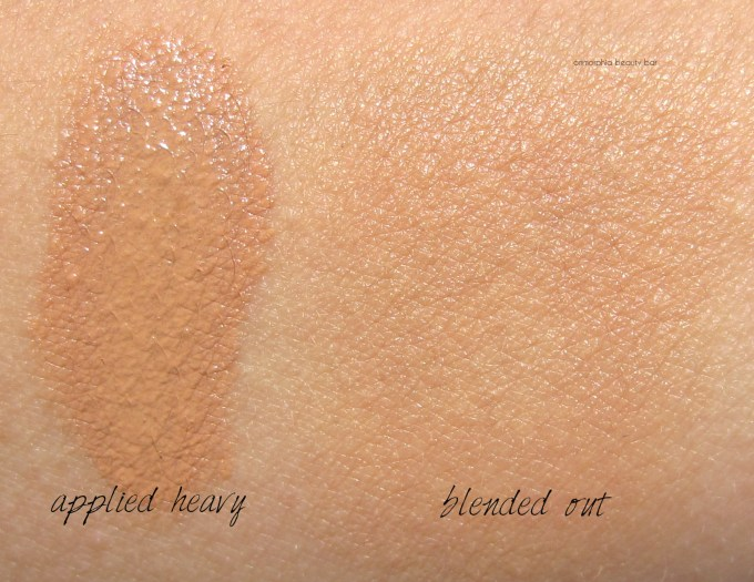 Lancome 03 Beige Peche Miracle Cushion swatches