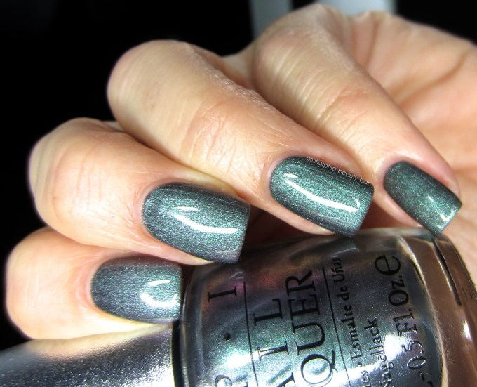 OPI DS Charcoal swatch 4